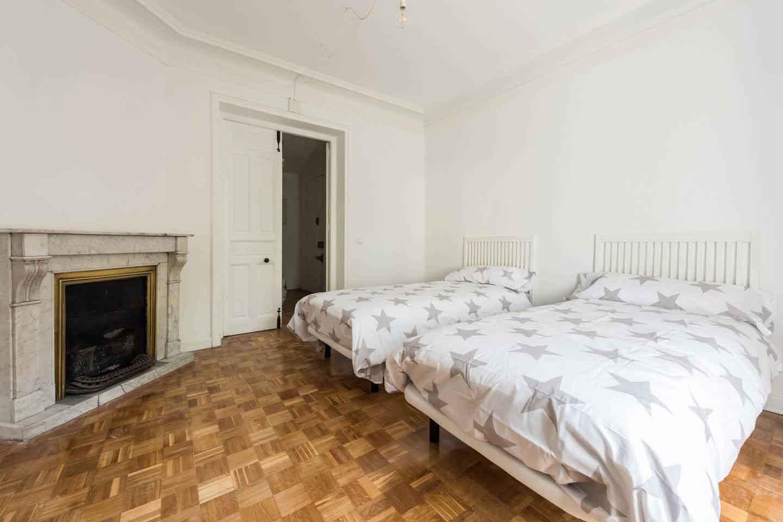 2-Habitaciones-Dobles-junto-RETIRO-dorm